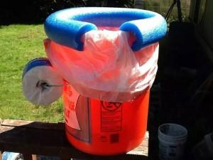 5-gallon bucket portable potty